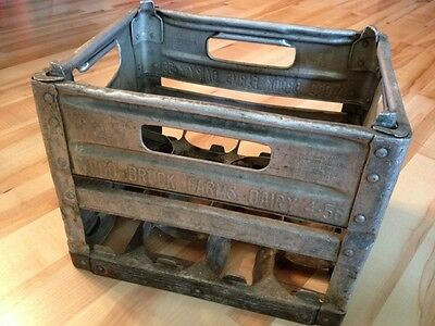 Vintage Milk Crate Wood brook Farms Dairy  Middlesex New Jersey 4/56 Pinkertons