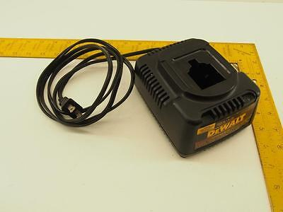 DEWALT DW9116, 7.2V - 18V 1-HR Battery Charger, Auto Tune Up Mode 'Charger Only'