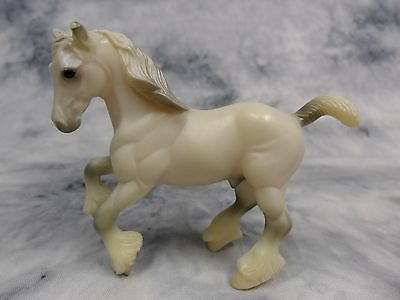 Breyer * Shire * 5904 Grey Clydesdale Draft Retired SM Stablemate Model Horse