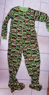 Unisex Medium Oscar the Grouch Footed Pajamas