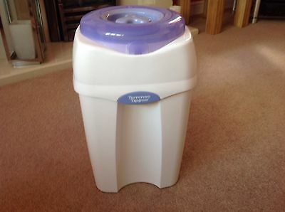 Tommee tippee Sangenic baby nappy disposal system bin