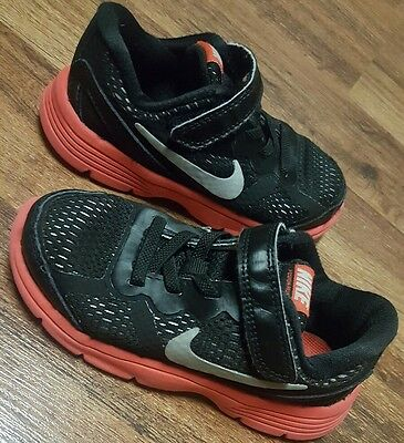 Boys NIKE Dual Fusion Run Red Black Athletic Shoes •Toddler Size 9 c