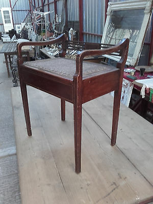 Edwardian Mahogany Inlaid Piano stool with music storage area.