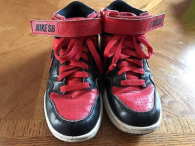 Boys Red And Black Size 2 Nike Sb Shoes