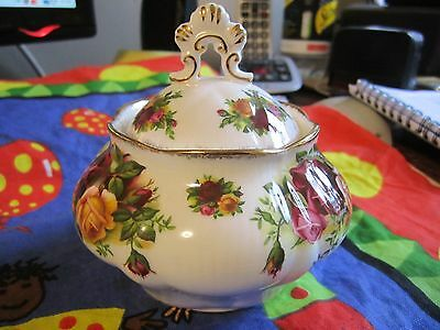 """Royal Albert Old Country Roses Covered Sugar? """"nd Quality Vgc"""