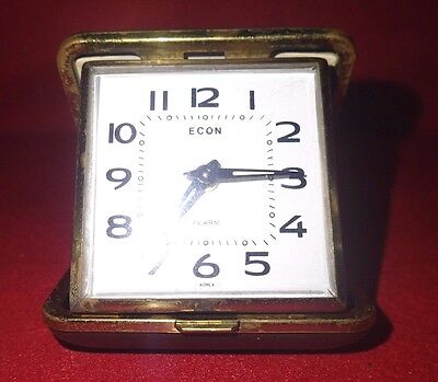 Vintage travel clock. Spares or repairs
