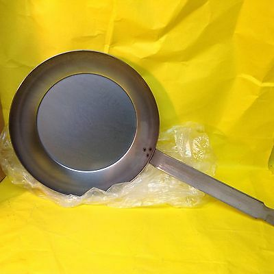 """Vollrath 11"""" French Style Carbon Steel Fry Pan - 58920"""