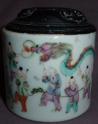 Antique Chinese C18th Pill Pot With Carved Wooden Lid Street Dragon Scene