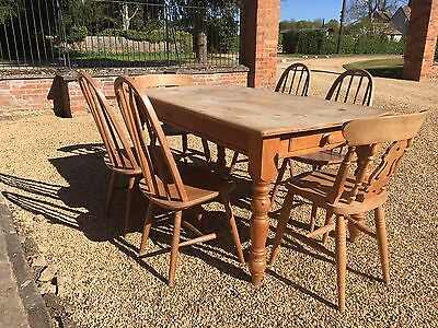 Pine Farmhouse Dining Table with Cutlery Drawer and 6 Chairs.