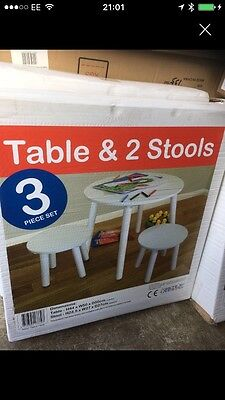 kidsaw 3 piece set table and 2 stools white