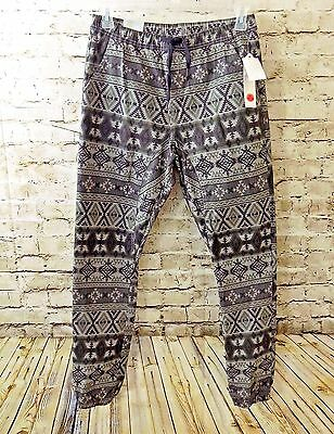 WT02 Men's Jogger Aztec Print Green Size Large New with Tags