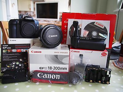 Canon 40d With efs 18-200mm Lens And Battery Grip