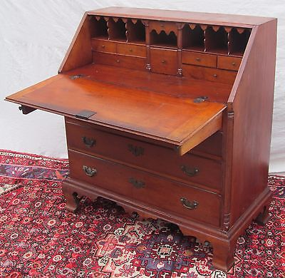 Important 18Th Century Colchester Connecticut Chippendale Cherry Desk