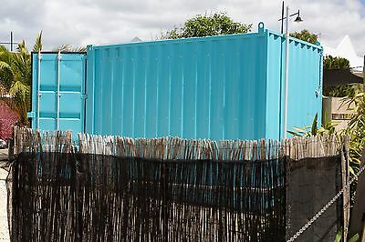 Shipping Container Cafe Restaurant Kiosk Size aprox 4m x 2.4 x 2.9
