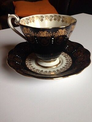 Royal Standard Fine Bone China - Cup And Saucer Set - Black With Gold Trim - Eng