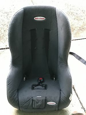 Safe and Sound Baby/Childs Car Seat
