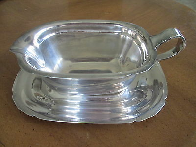 vintage REED & BARTON GRAVY SAUCE BOAT on UNDERPLATE Silver Plate MAYFLOWER