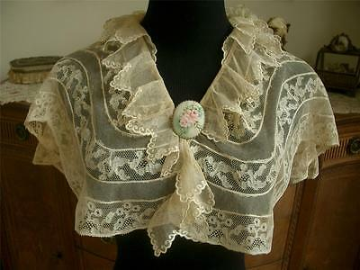 SALVAGED LG Antique Vtg FRILLY RUFFLED FRENCH EMBROIDERY NET LACE COLLAR CAPELET