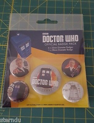 Doctor Who - Offical Bagde Pack  - 5 Badges   - Neu -