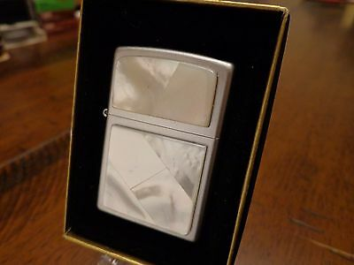 Pearl White Satin Chrome Zippo Lighter Mint In Box 2000