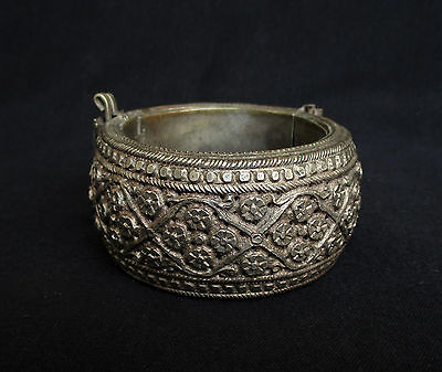 Rajasthan Ethnic Bangle / Cuff Bracelet - Tribal Art, Low Silver Flowers Relief