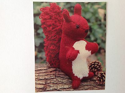 Squirrel Soft Toy Vintage Knitting PATTERN                        63