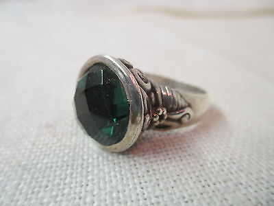 Vintage 925 Sterling Cocktail Ring with large green Rhinestone
