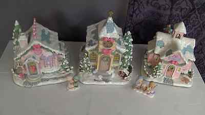 LOT OF (3) Precious Moments Christmas Village Heritage Houses