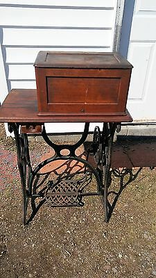 SINGER FIDDLE BASE TREADLE COFFIN BOX SEWING MACHINE 1860's?