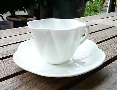 """Vntage & Collectable Shelley Fine Bone China """"Dainty"""" Cup & Saucer : 1925-1945"""