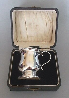 Vintage boxed unengraved solid silver christening cup, W. Suckling, B'ham 1935