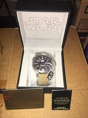 STAR WARS DELUXE COLLECTORS WATCH JEDI- CANVAS Brand New!!!