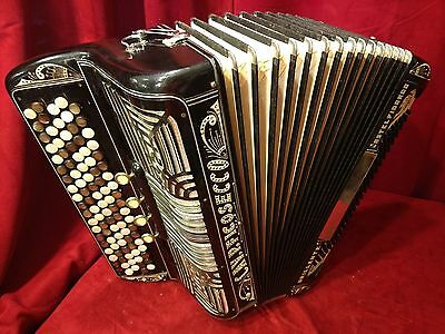 Vintage Pre-War Button Accordion Cav P Ficosecco LMMM 97/140 FOR PARTS OR REPAIR