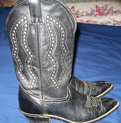 ~ WOMEN'S~ BLACK ~ LEATHER ~ COWBOY BOOTS~ SIZE 8  ~ w/ STUDS ~ MADE IN THE USA