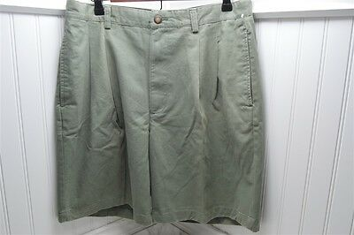 Izod Cotton Sage 34 NEW NWT  Men's Shorts