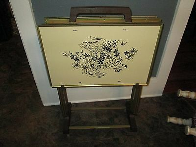 Vintage Tv Snack Trays Tables With Stand - Set Of 4 Beautiful Floralrea Designs