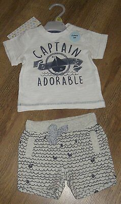Ex store Newborn upto 1 month boys cotton t-shirt and shorts set BNWT