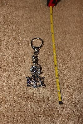 Cool 1993 Warner Brothers Marvin The Martian chrome Keychain with bag