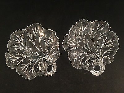 """Set of 2 Clear Glass Leaf Shaped Plates with Handle 6-1/4"""" Diameter"""