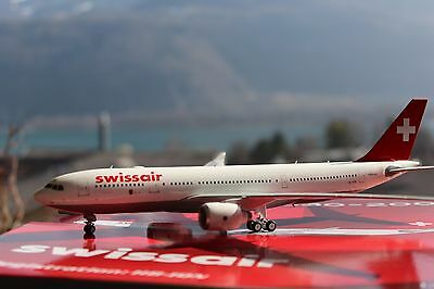 """Swissair A330-200 (HB-IQN) """"Genève"""", 1:200, Phoenix! Only for Switzerland"""