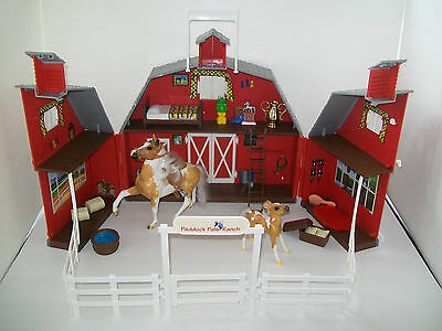 BREYER Paddock Pals Ranch Red Barn Carrying Case & Horse Accessory Lot