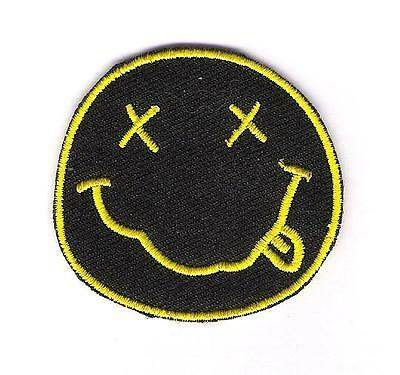 small patch embroidered / petit écusson thermocollant Nirvana