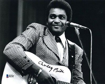 CHARLEY PRIDE SIGNED AUTOGRAPHED 8x10 PHOTO COUNTRY MUSIC LEGEND BECKETT BAS