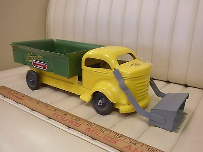 1950s LINCOLN Construction Co. Dump / Loader Truck Pressed Steel Toy CANADA