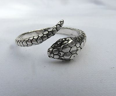 Sterling  Silver  (925)  Curling  Snake  Ring   !!       Brand New  !!