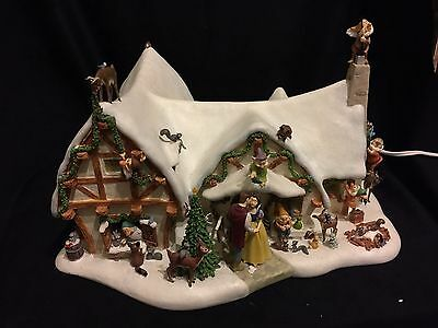 Snow White and 7 Dwarfs Christmas Cottage Lighted Porcelain New in Box RARE!!