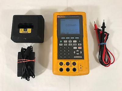 Fluke 744 Documenting Process Calibrator / Battery Charger / Leads!!!