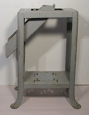 """Vintage Circa 1950 Delta Rockwell Welded Splayed Leg Stand Chute for 6"""" Jointer"""