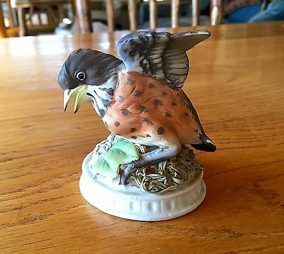 Lefton China Hand Painted Bisque Porcelain Baby Robin Bird Figurine on Nest