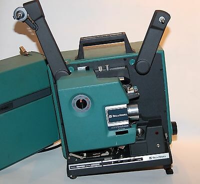 BELL & HOWELL MOVIE PROJECTOR MODEL 1592B 16mm Filmo Sound AutoLoad Focus
